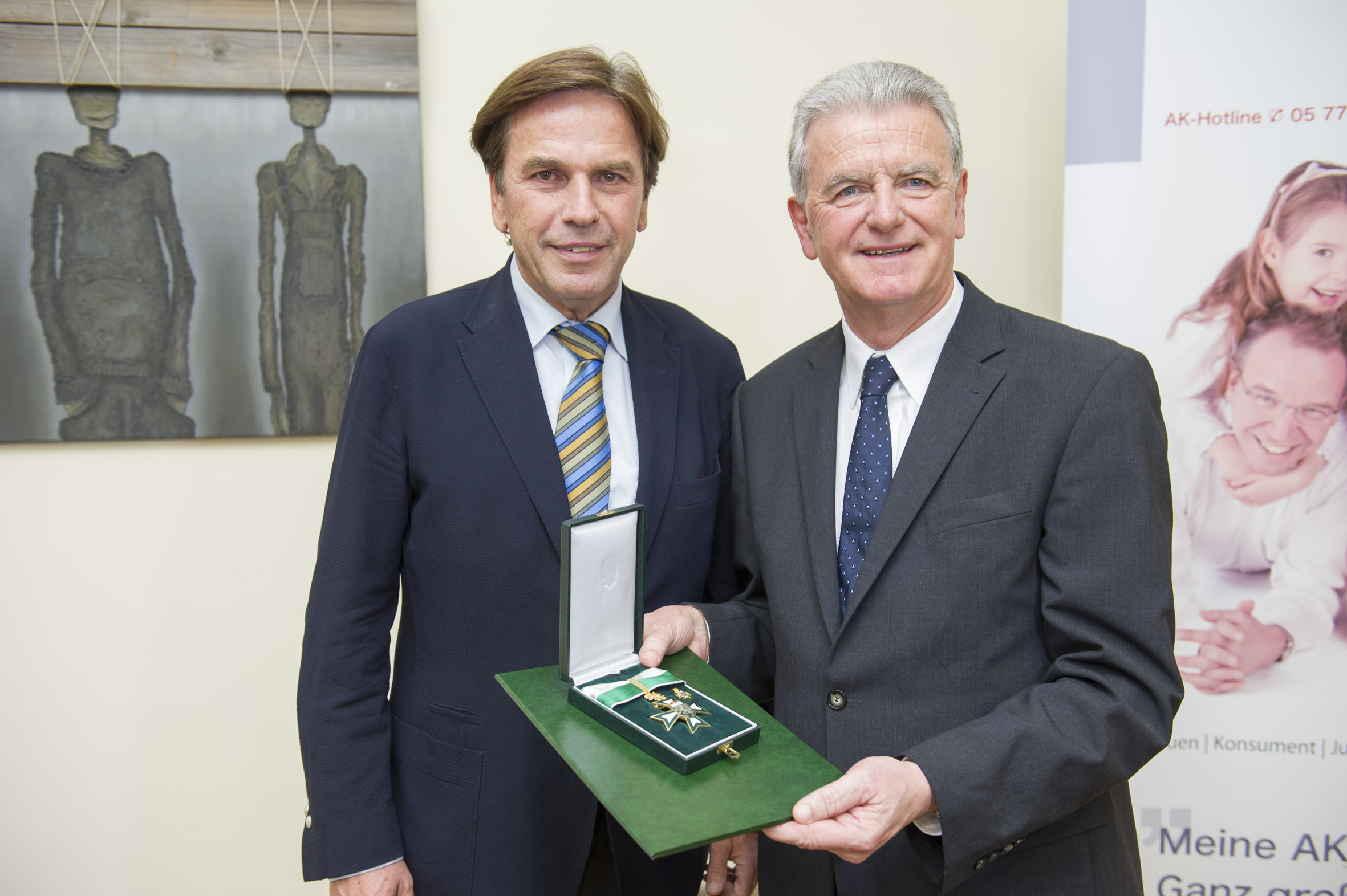Hohe Auszeichnung für AK-Präsident Walter Rotschädl
